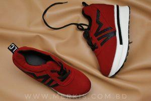 red sneaker for women