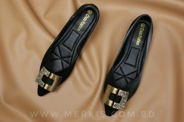 black low heel for women